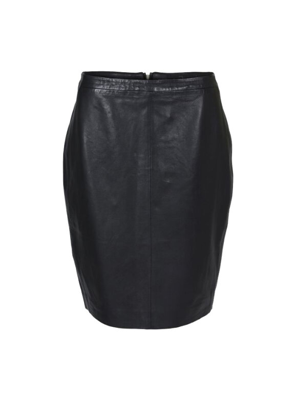 ONSTAGE COLLECTION - LEATHER SKIRT